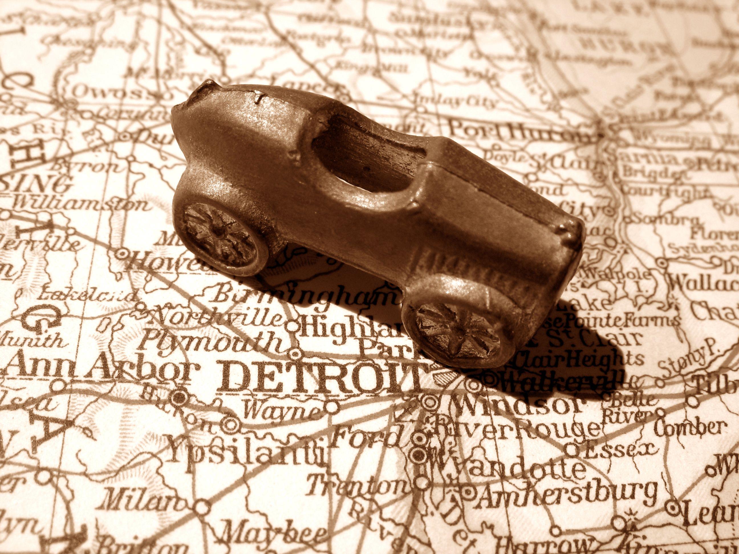 Detroit-Cars.jpg